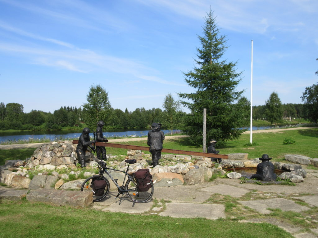 Monument to the gold prospectors in Ivalo