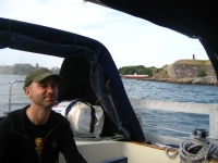 Sailing in front of Suomenlinna
