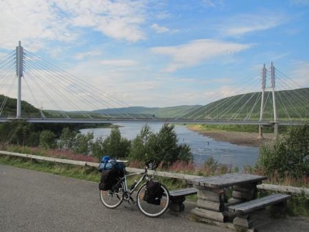 bridge-between-finland-and-norway-at-utsjoki-jpg