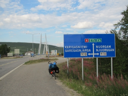 main-crossroad-in-utsjoki-jpg